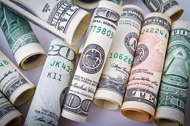 Comment peut on prélever de l'argent avec un rib ?